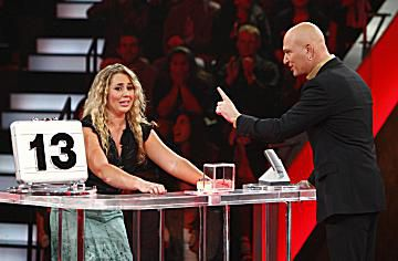 'Deal or No Deal' contestant with Howie Mandel