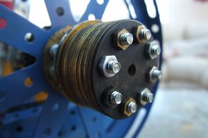 A 12 rope pulley wheel