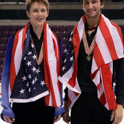 Jeremy Abbott and Evan Lysacek pose together at the 2007 Four Continents Championships
