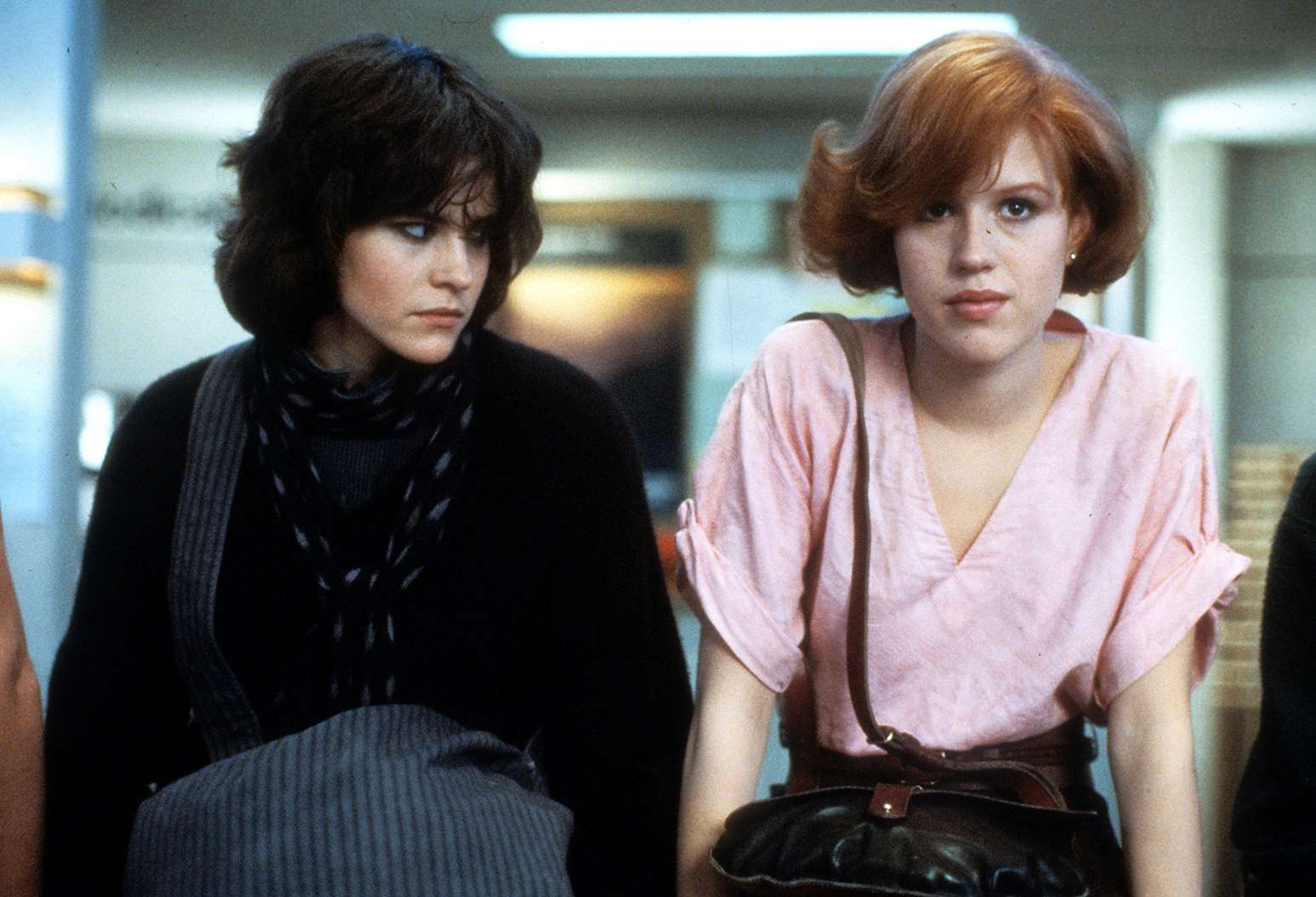Actresses Ally Sheedy and Molly Ringwald in the 1985 film 'The Breakfast Club'