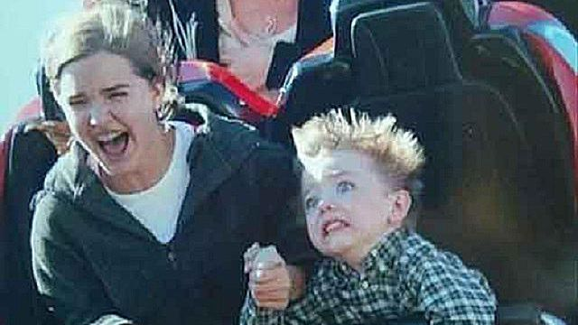 19 of the Funniest Roller Coaster Pictures Ever Taken