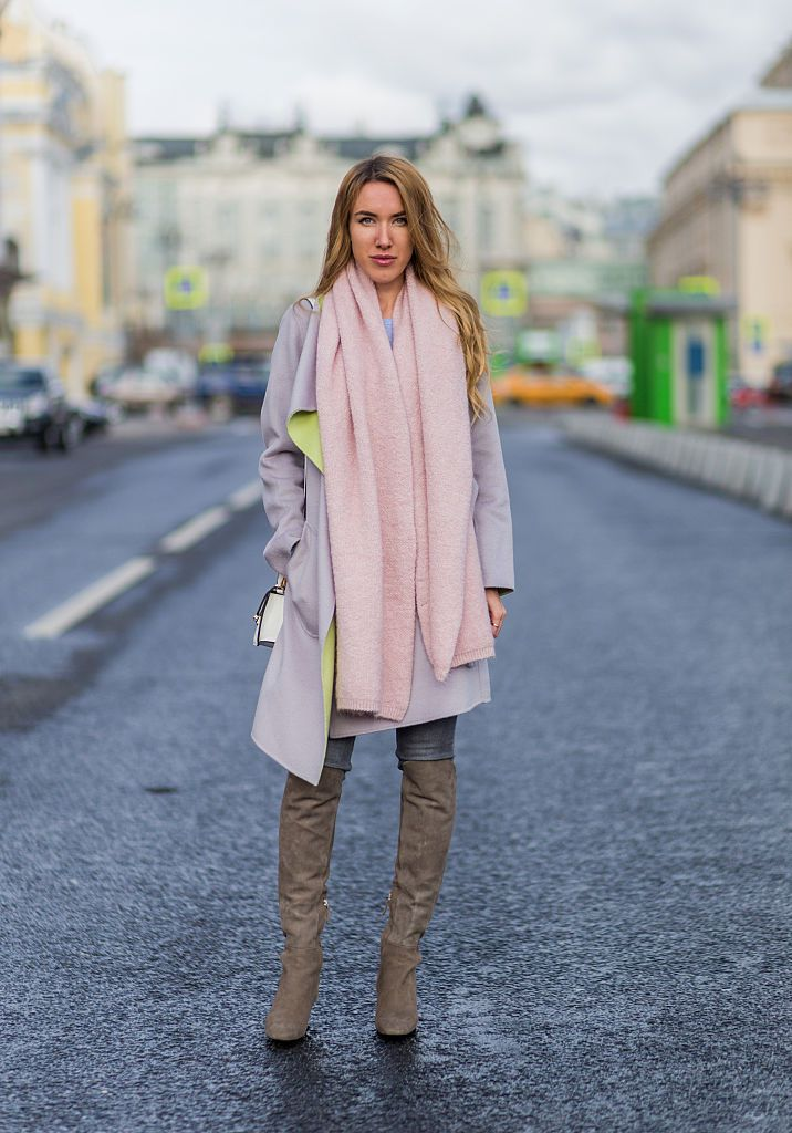 Street style scarf and jeans