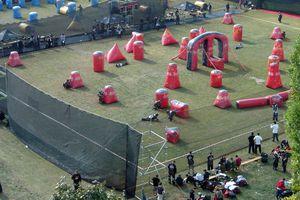 Paintball game (speedball)