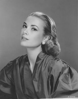 Grace-Kelly-1955-FPG-Archive-Photos-Getty-Images.jpg