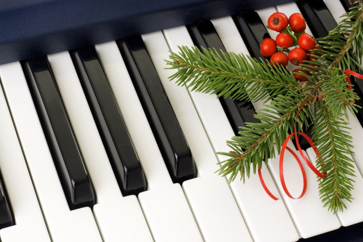 Christmas Piano.Free Christmas Sheet Music For Instruments And Choirs