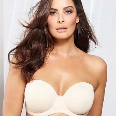 19324fc08b8 The Best Strapless and Convertible Bras
