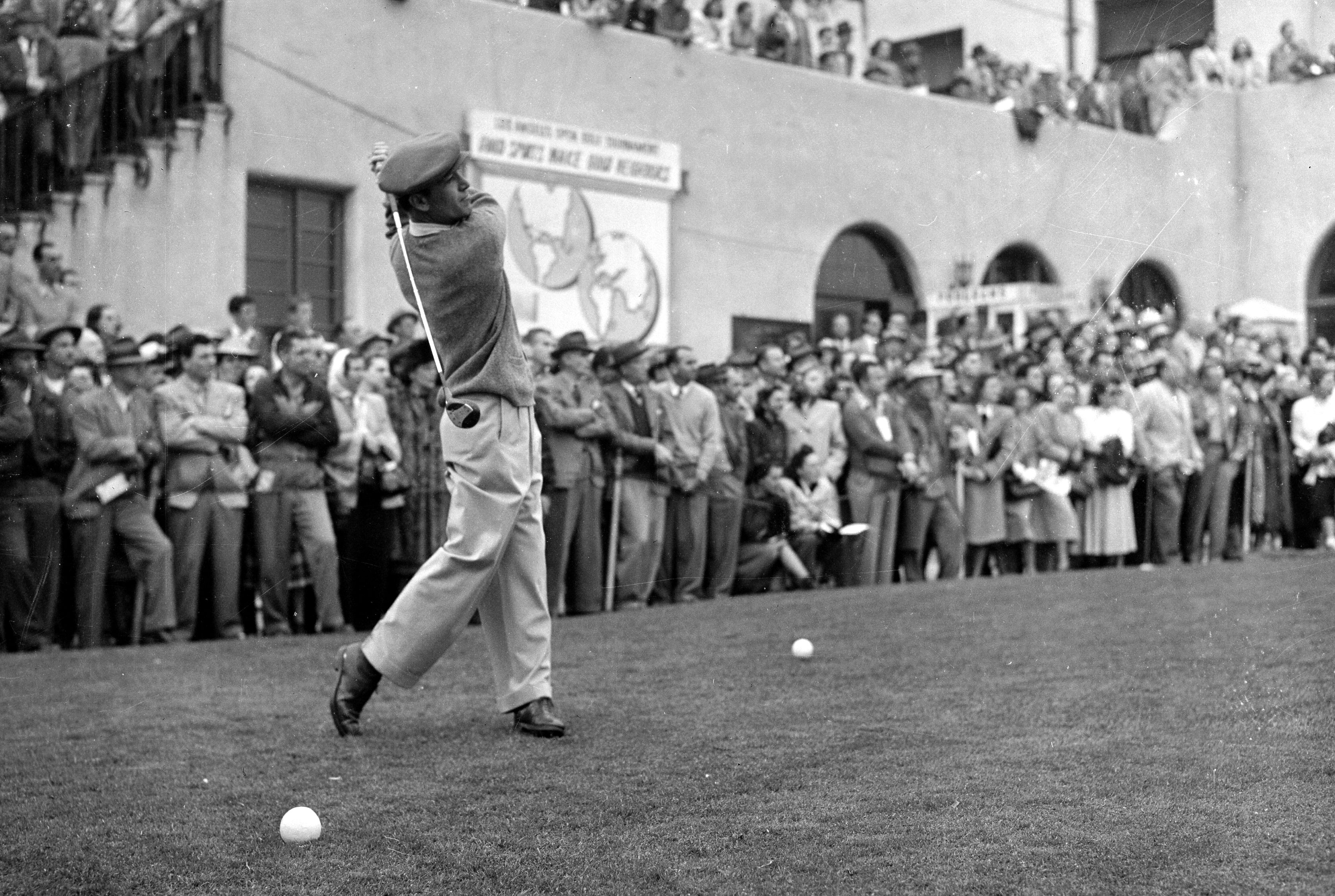 Ben Hogan hits a drive at the 1948 Hershey Open
