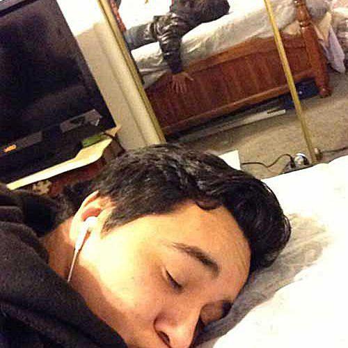 fake-sleeping-duckface.jpg