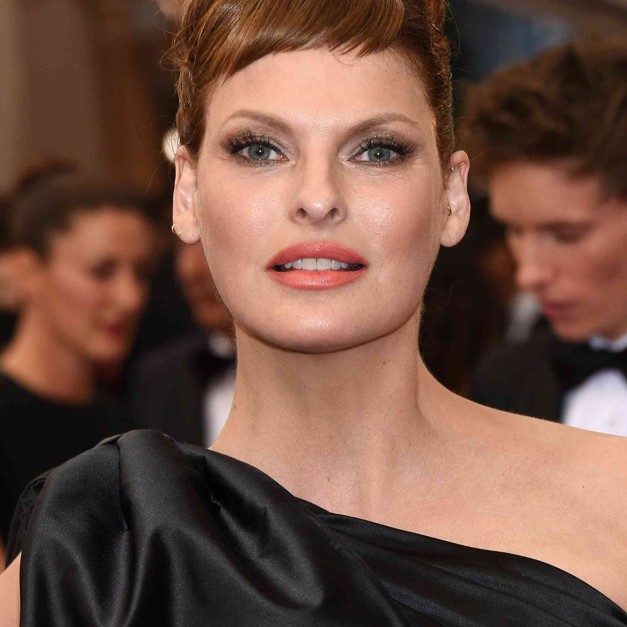 Linda Evangelista attends the 'China: Through The Looking Glass' Costume Institute Benefit Gala at the Metropolitan Museum of Art on May 4, 2015 in New York City.