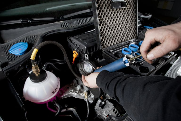 Cooling system of a modern car, leak test