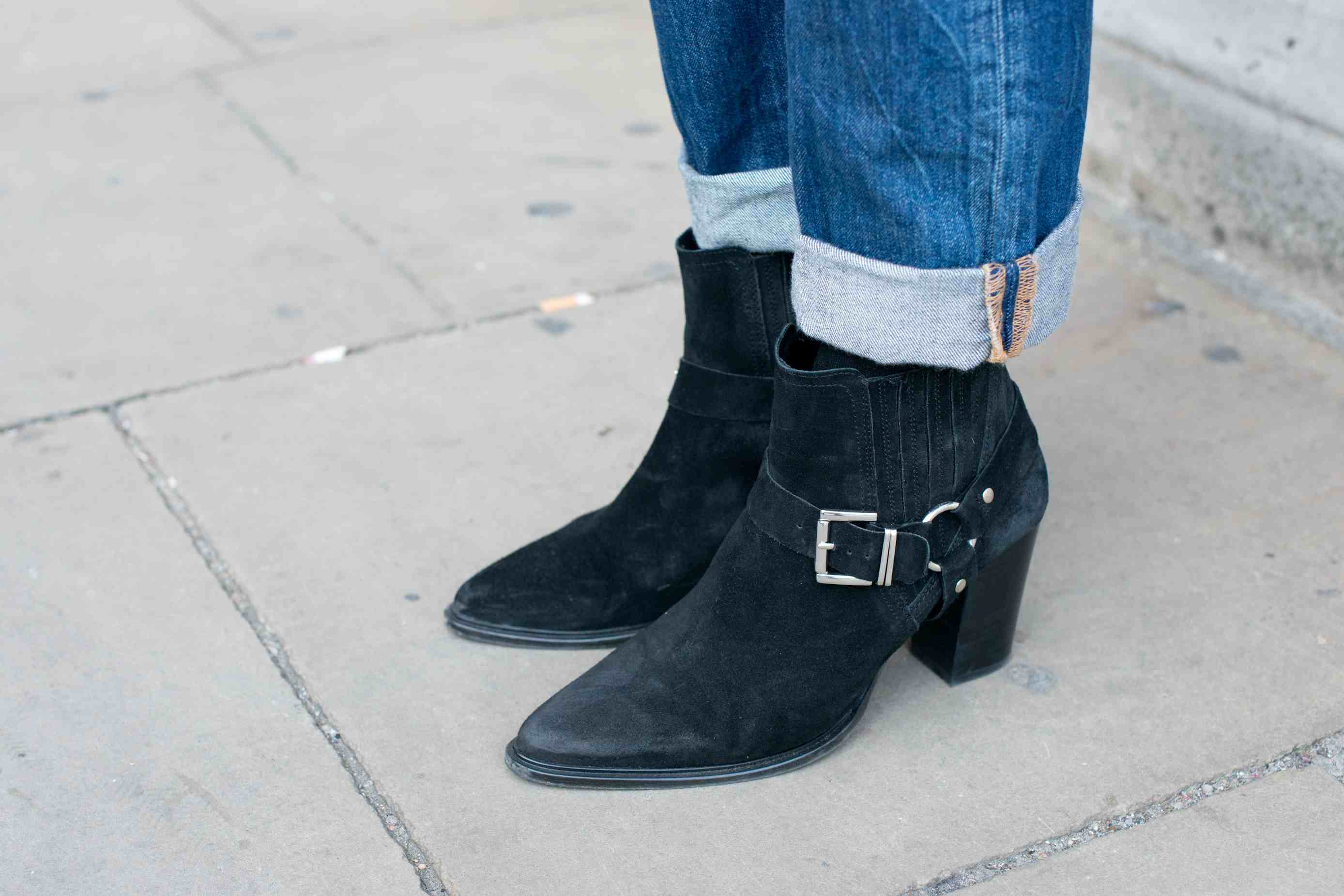 f192d12ba99d How to Wear Ankle Boots and Jeans