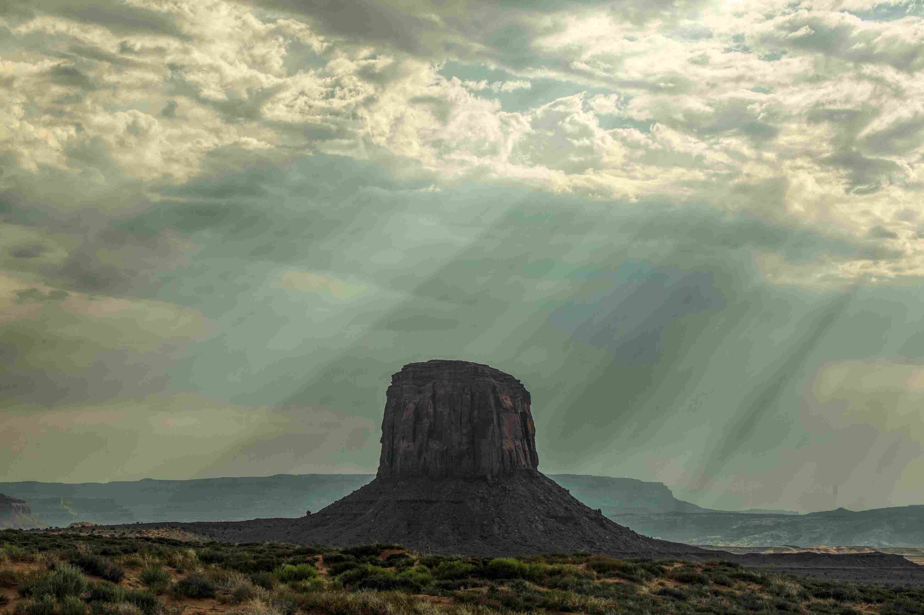 Monument Valley illuminated by the sun