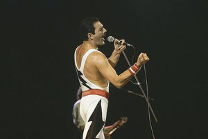Freddie Mercury on stage during Queen's performance at the Rock in Rio festival, Brazil, January 1985.