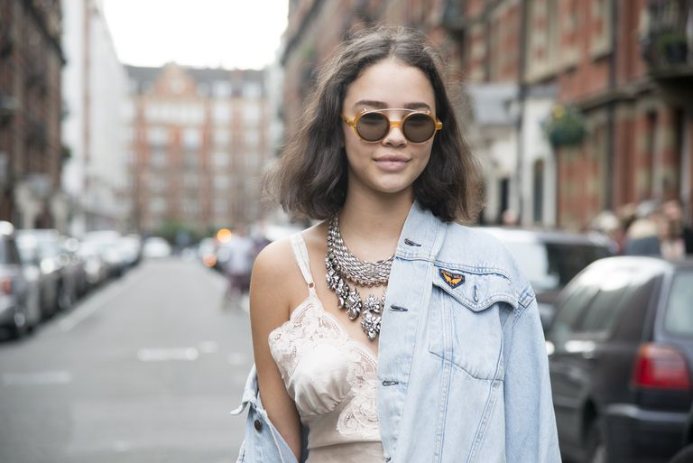 6fc0ab0d9c3 Stylish Ideas for How to Wear Your Denim Jacket