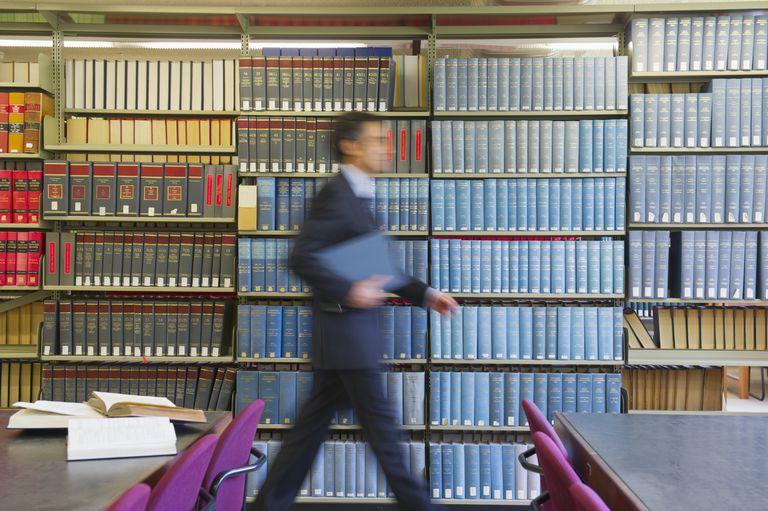Divorce-Lawyer-Questions.jpg