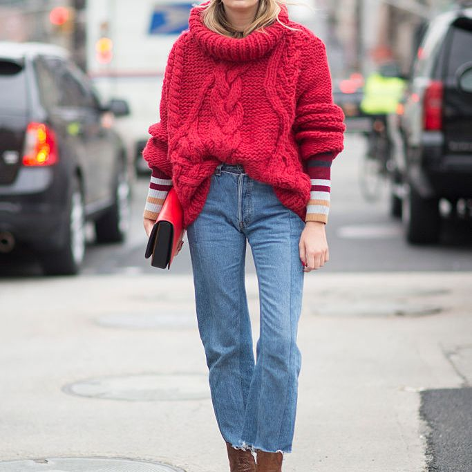 Winter street style - chunky sweater and jeans
