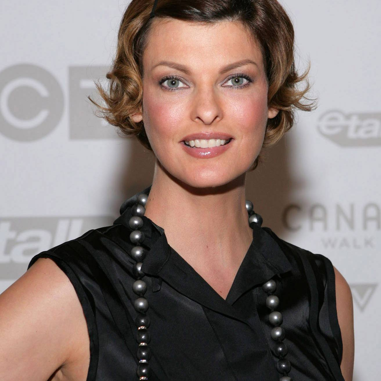 Linda Evangelista attends Canada's Walk of Fame Ball at the Sheraton on September 6, 2008 in Toronto, Canada.
