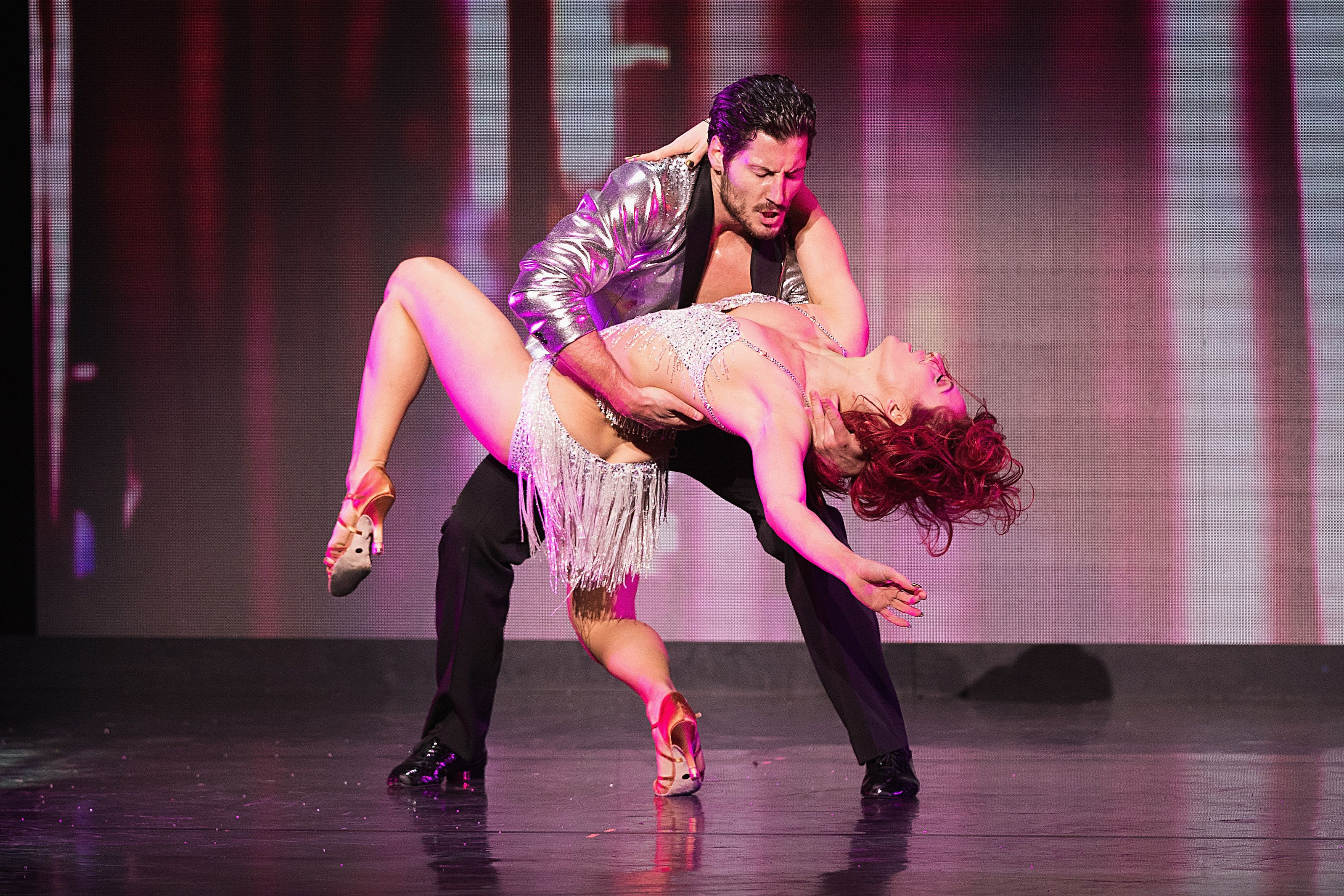 'Dancing With The Stars' Live