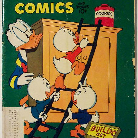 Vintage Comic Book - Walt Disney's Comics and Stories # 147