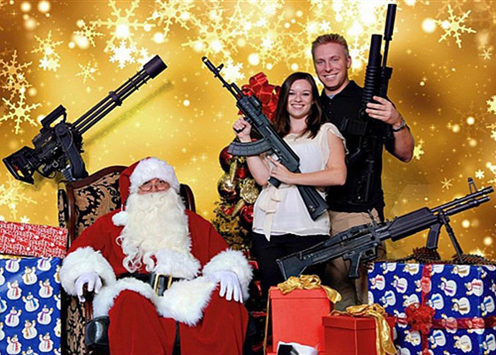 Bad-Family-Photos-Santa-Guns.jpg