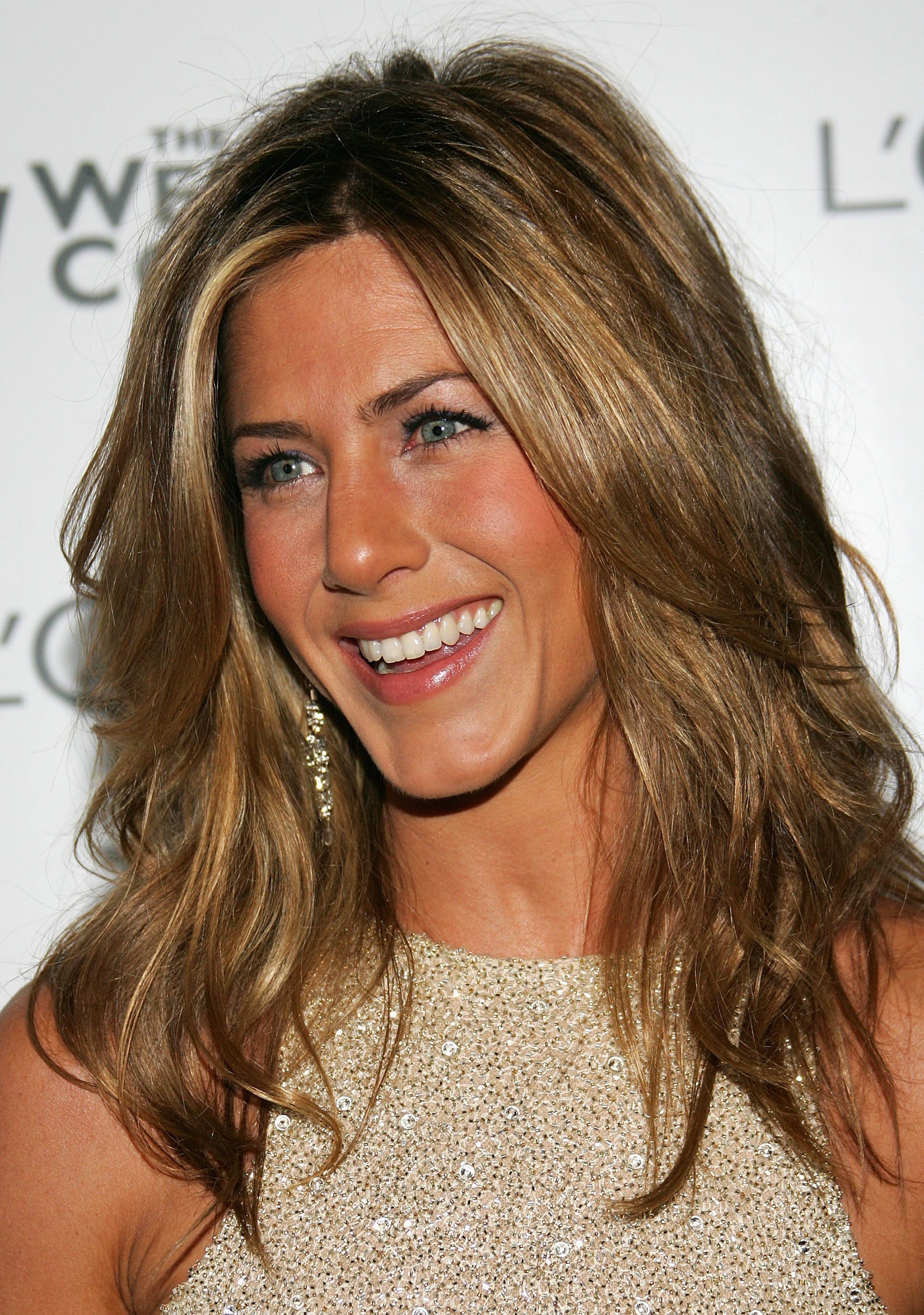 Jennifer Aniston S Best Hairstyles Over The Years