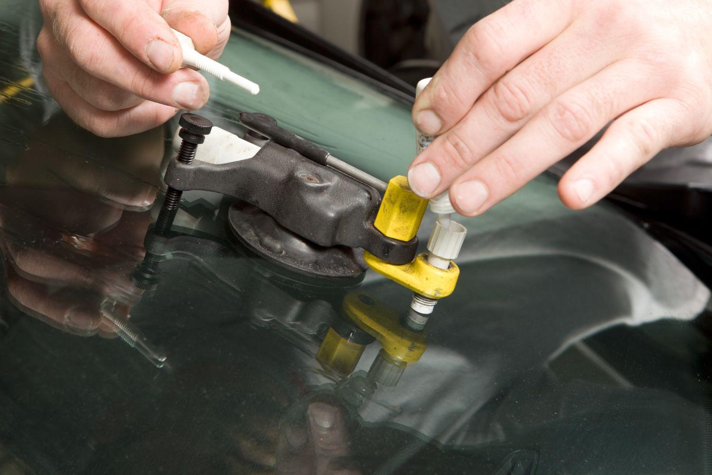 using a bridge to repair windshield damage