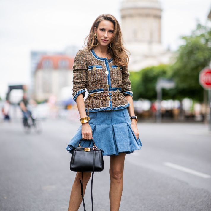97f25a0df05c Jean Skirt Outfits: What to Wear With a Denim Skirt