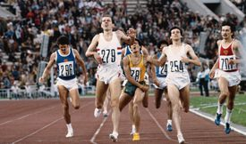 Steve Ovett wins Gold in the 800 meter final at the 1980 Olympics