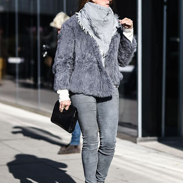 Street style for winter in grey jeans