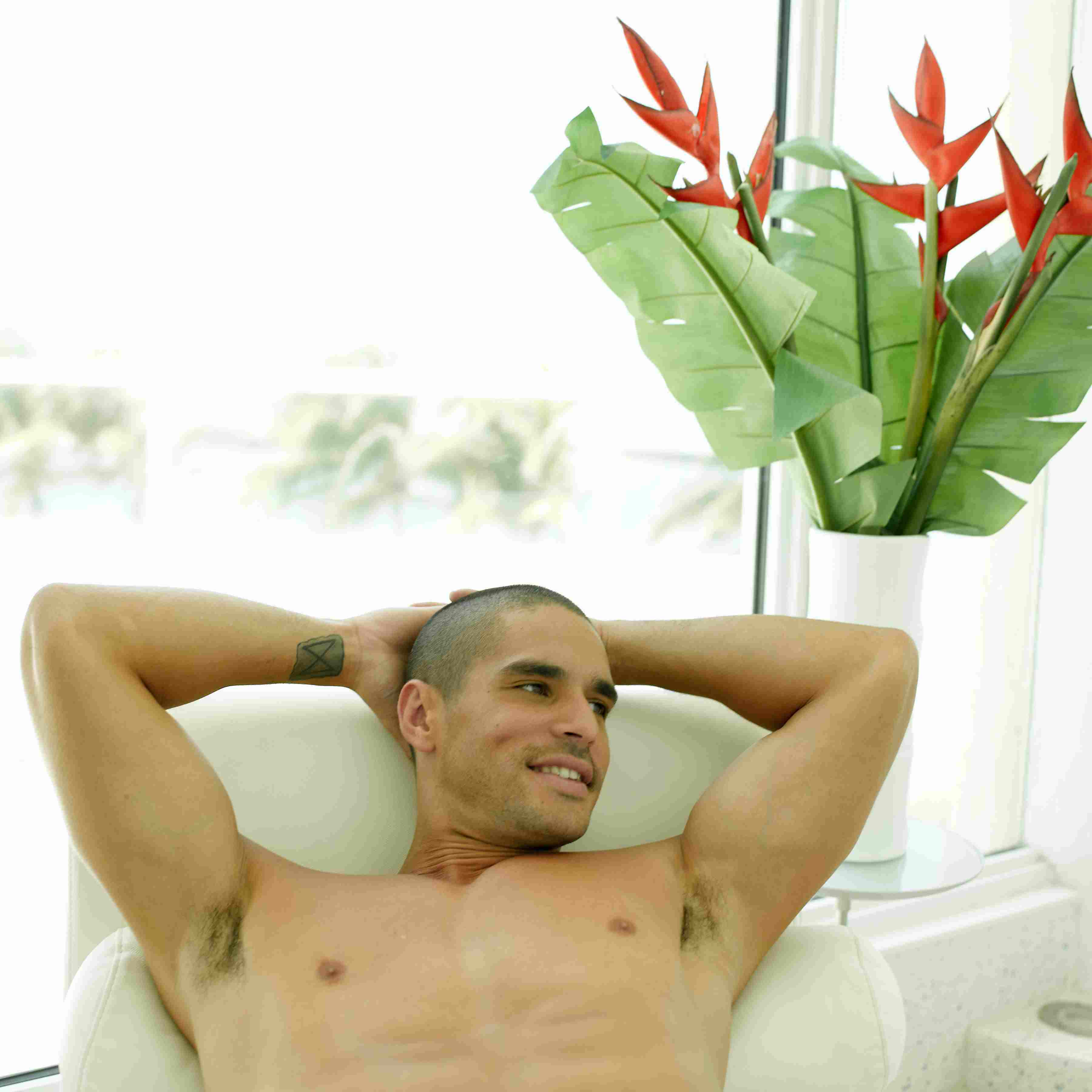 Expert Tips for Waxing Pubic Hair for Men and Women