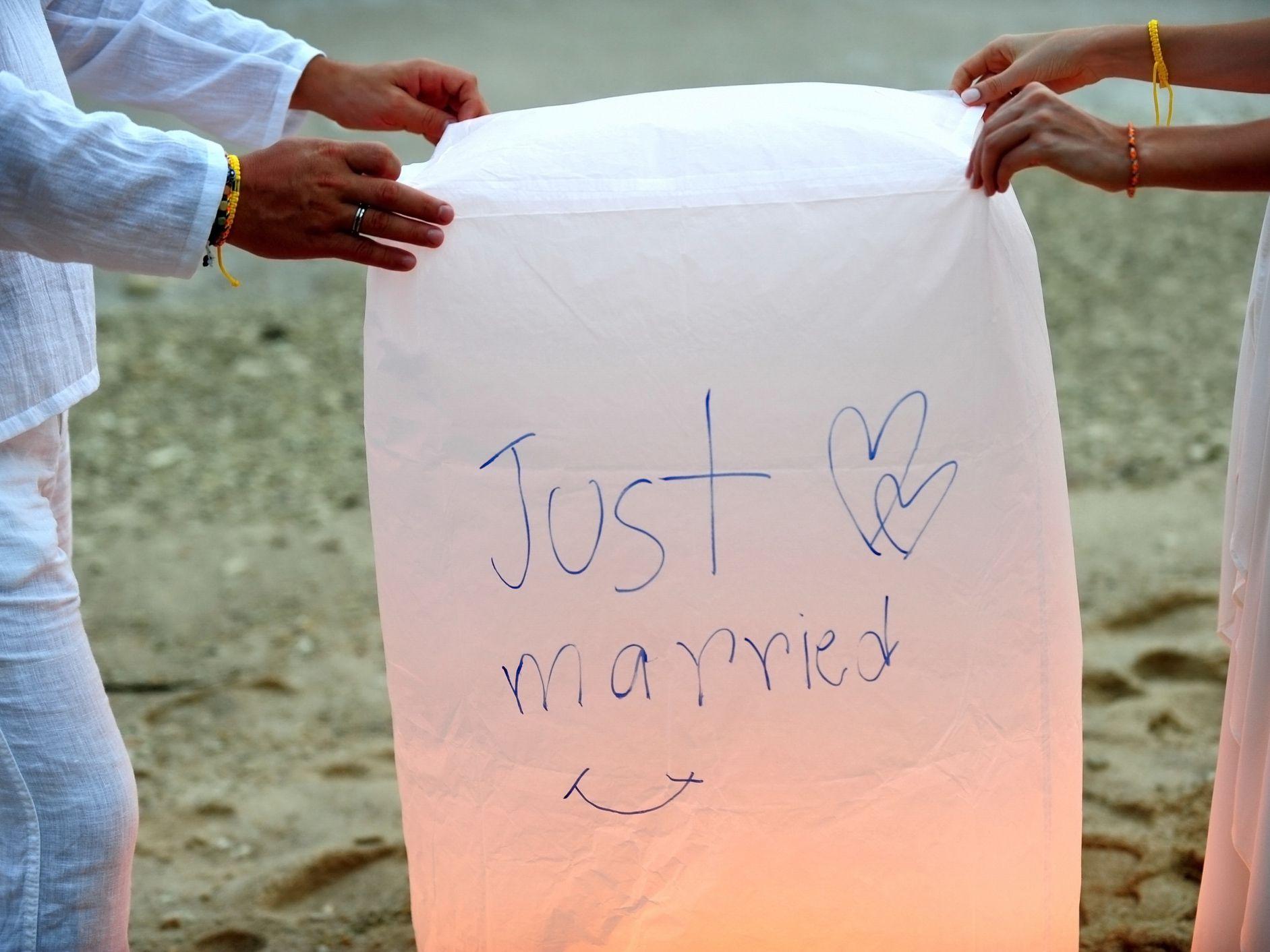 Wish Upon A Lantern Sky Lantern Unity Wedding Ritual