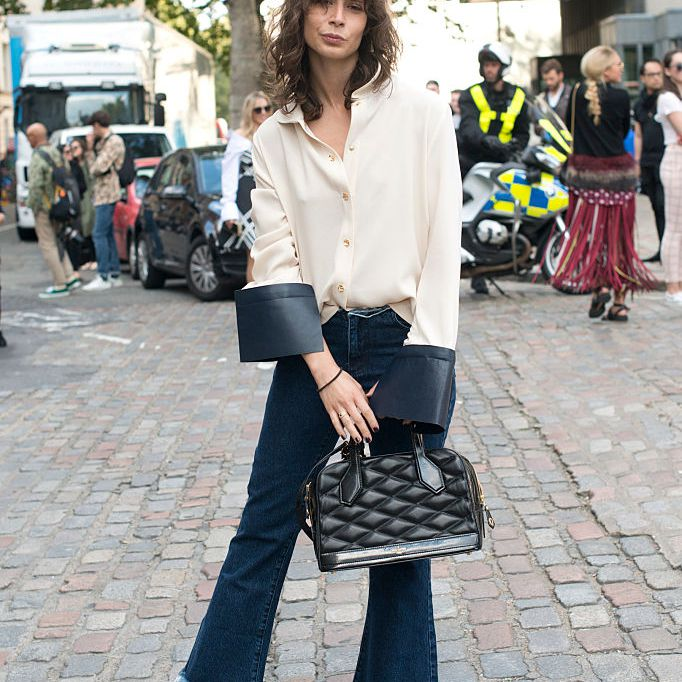 Street style in flare jeans