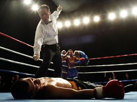 Welterweight boxer knocked out during fight