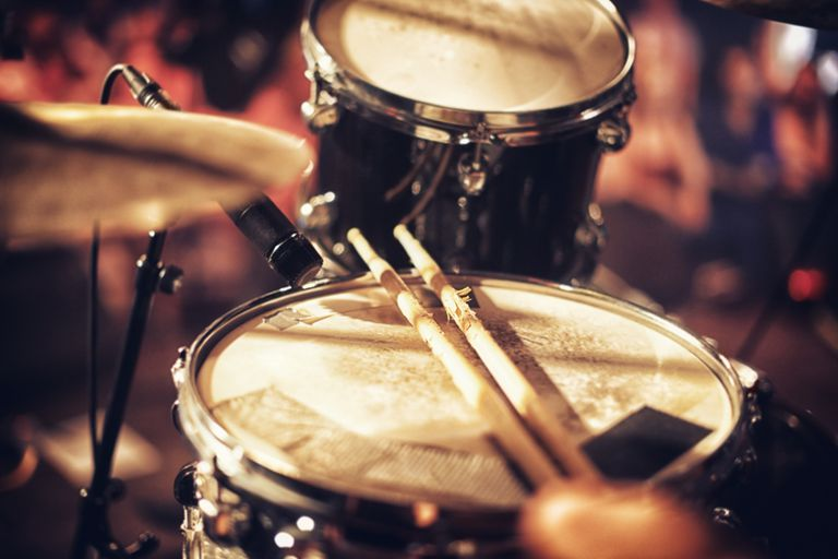 Record and Mix Drums for Studio and Live Sound