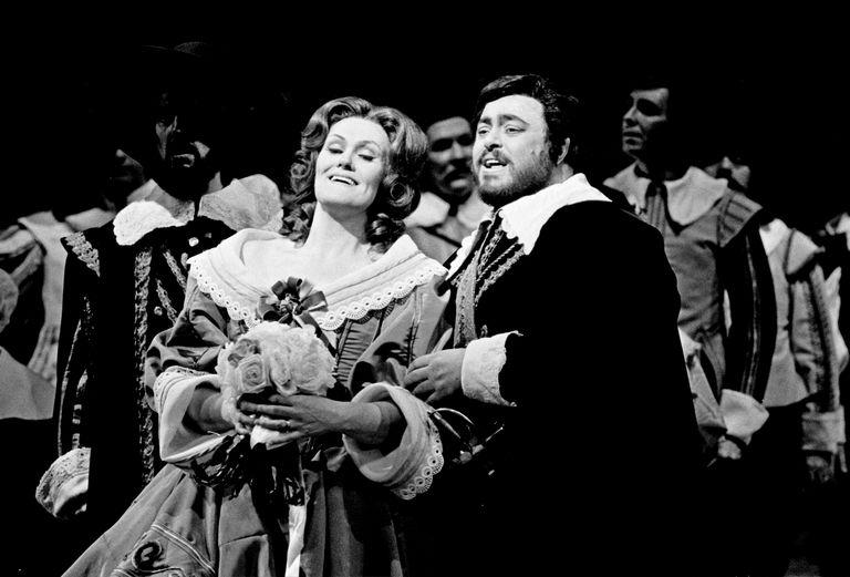 i-puritani-bellini-opera-synopsis.jpg