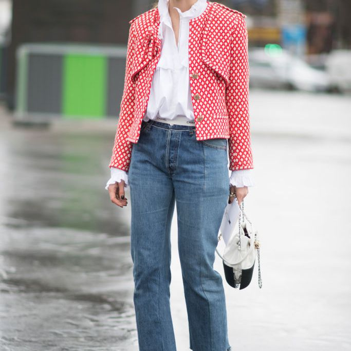 Street style in blazer and jeans