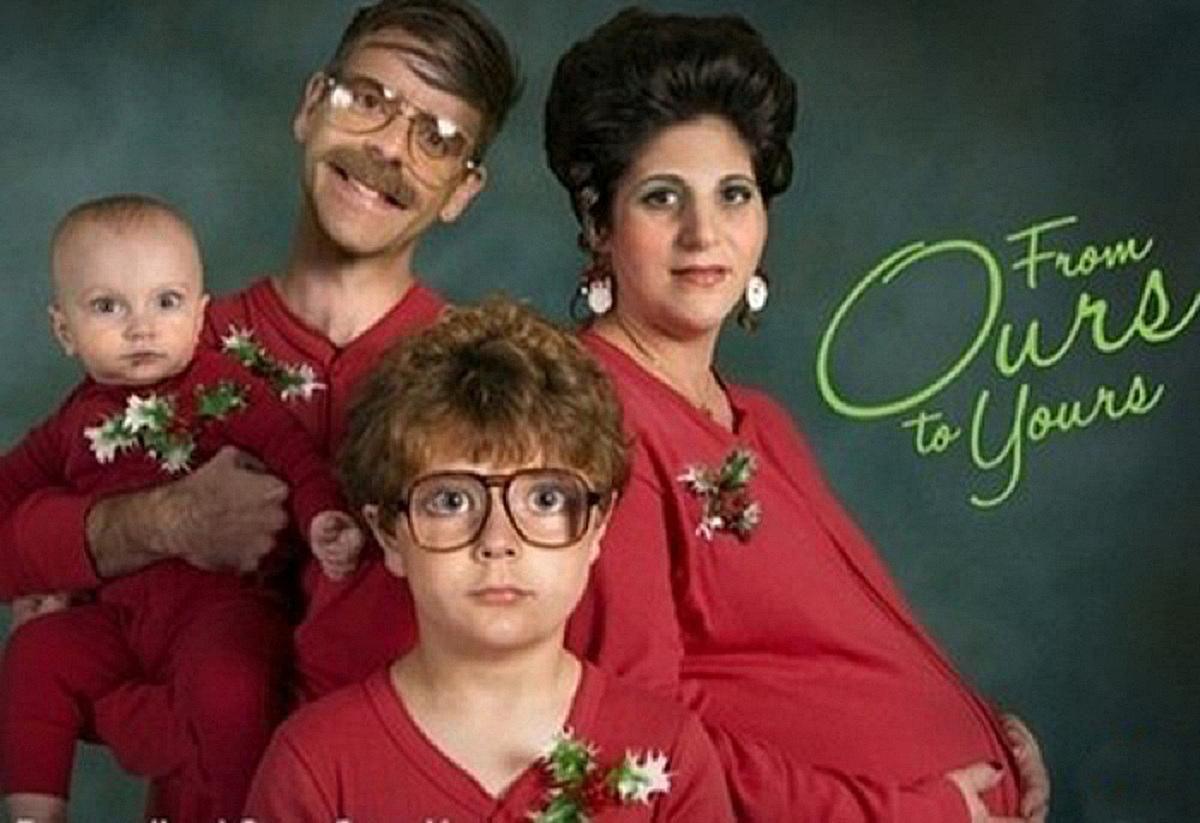 Bad-Family-Christmas-Card.jpg