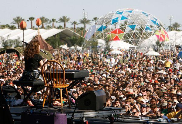 Regina Spektor - Coachella 2007