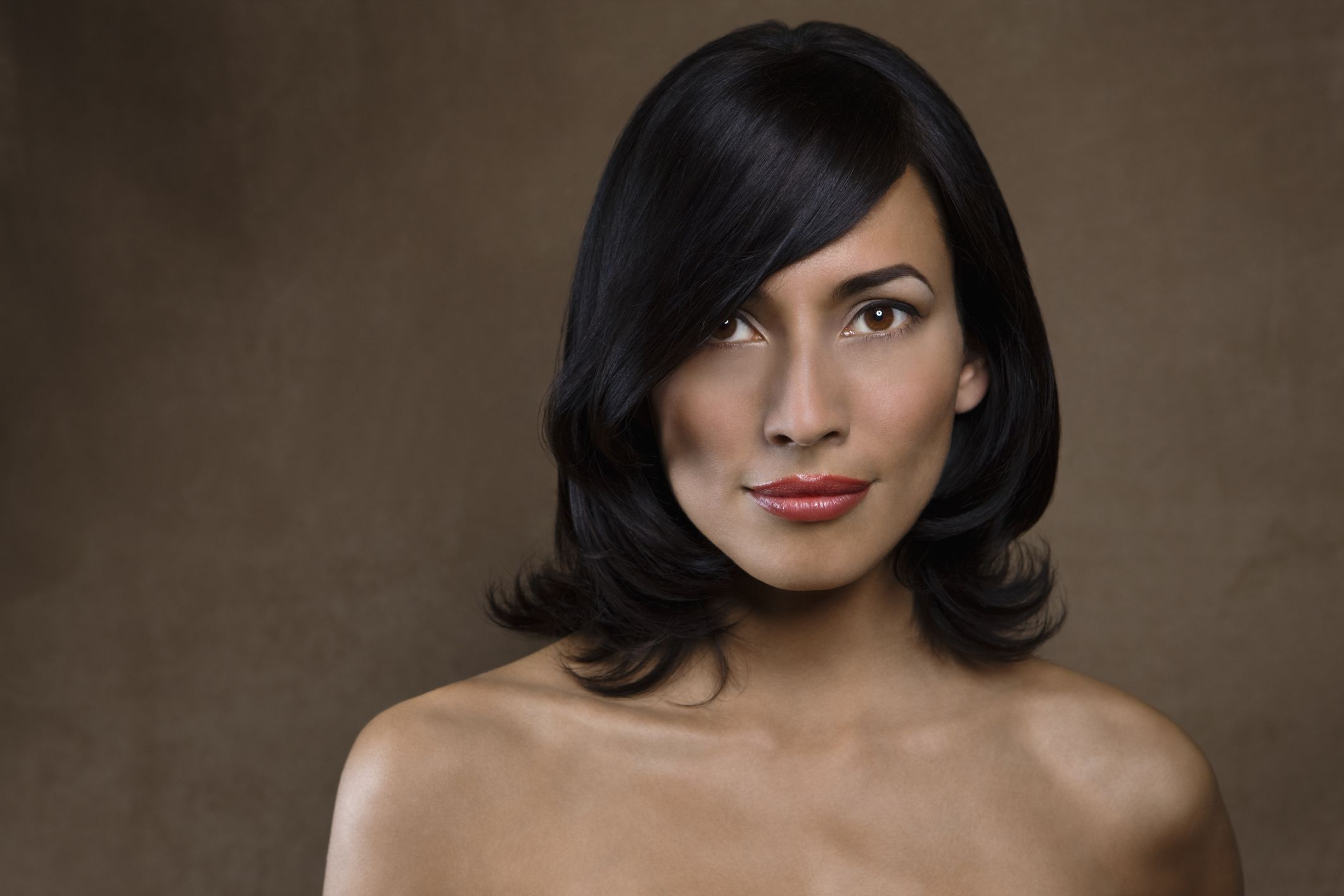 How To Nail The Medium-Length Hair Trend