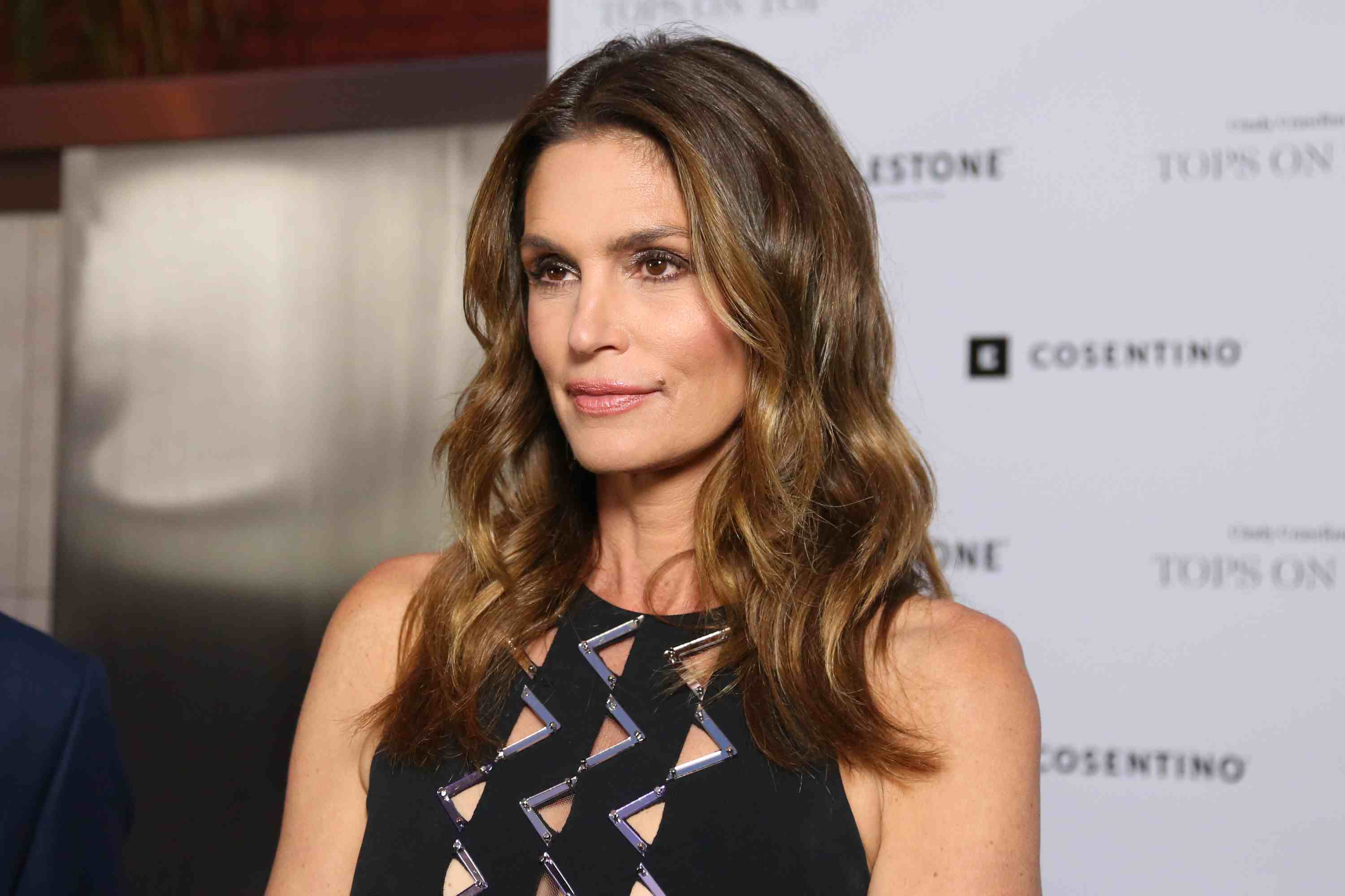 Cindy Crawford—Eat Healthy Is Key to Good Skin and Hair