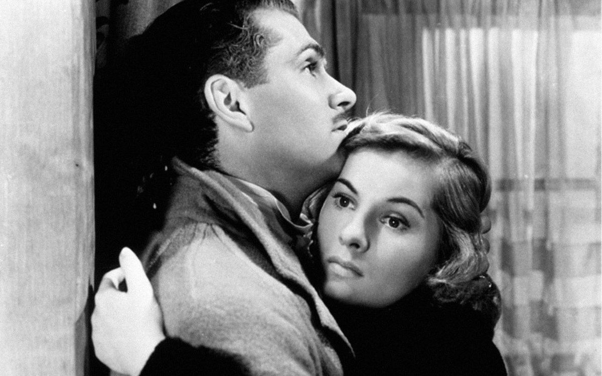"""Laurence Olivier and Joan Fontaine in the film """"Rebecca"""""""