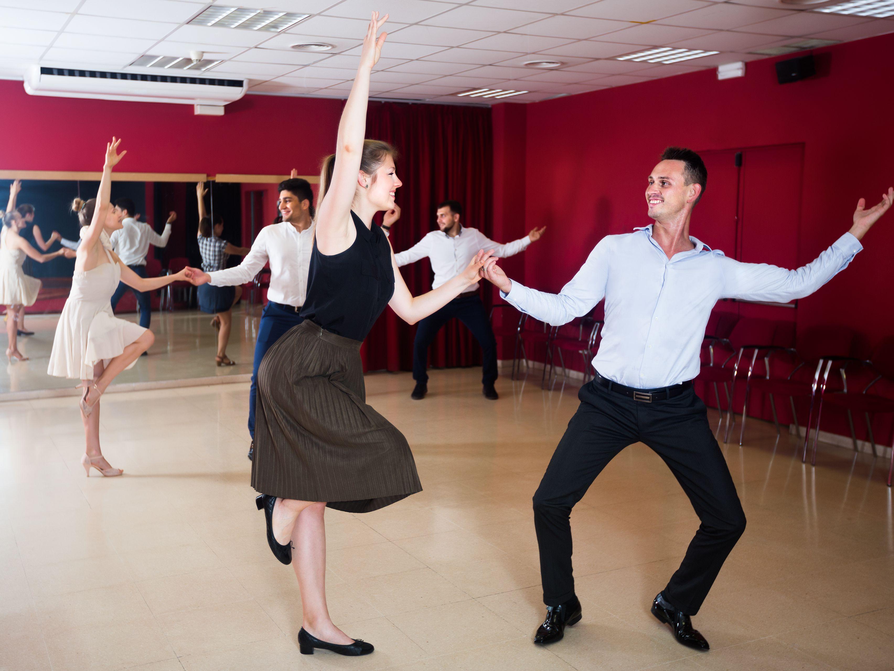 Lindy Hop Ballroom Swing Dance Style