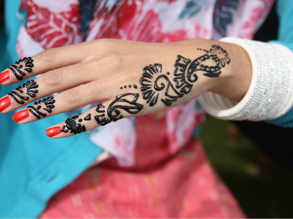 2bf40260a The Dangers of Black Henna Tattoos