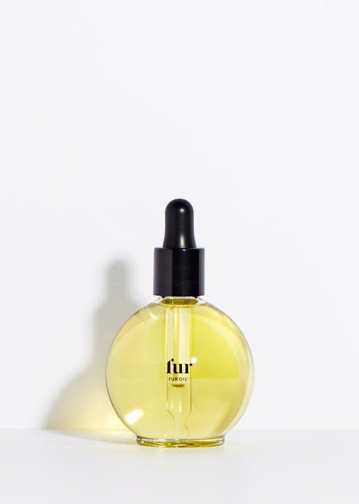 A bottle of Fur Oil.