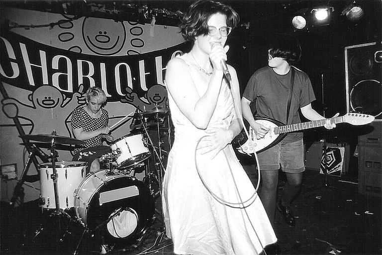 Bratmobile profile