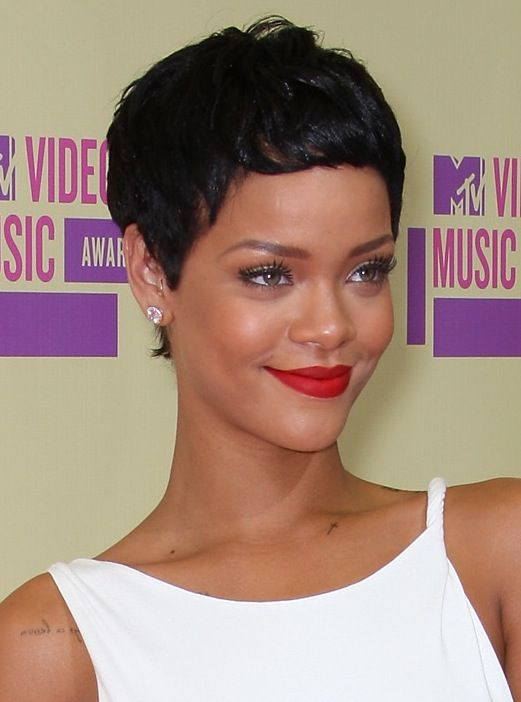 Slideshow Celebrities With Short Hair