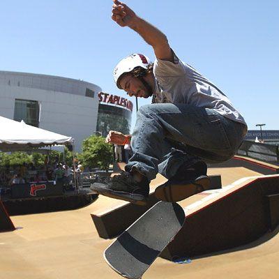 360 flip skateboarding trick problems