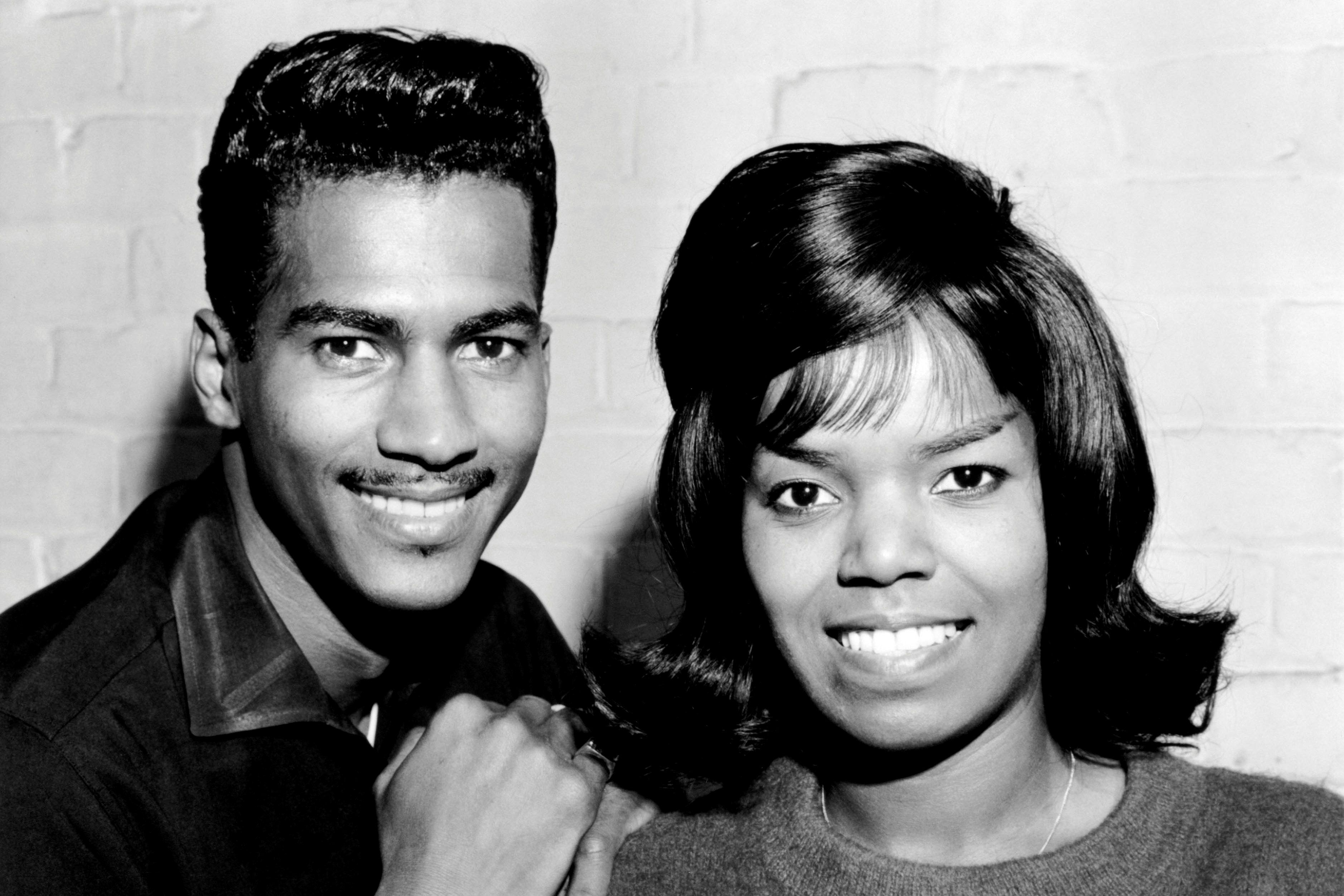 20 Romantic Duets From the 50s, 60s, and 70s