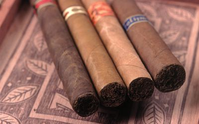 How to Avoid 'Cigar Sickness'