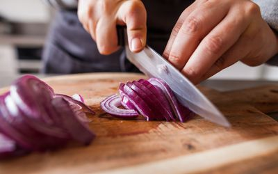 Myth Busted: Onions on Feet Don't Cure Illness